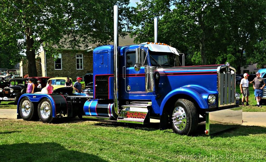 Vintage Kenworth Trucks 43