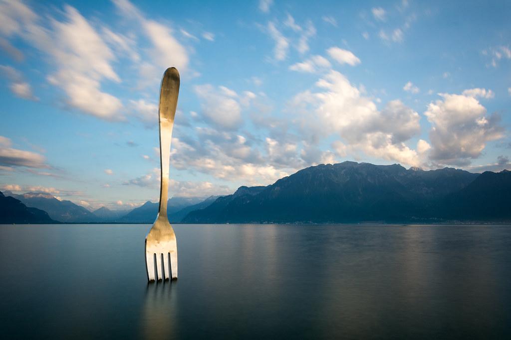 vevey 39 s golden fork they have golden the fork ils ont dor flickr. Black Bedroom Furniture Sets. Home Design Ideas