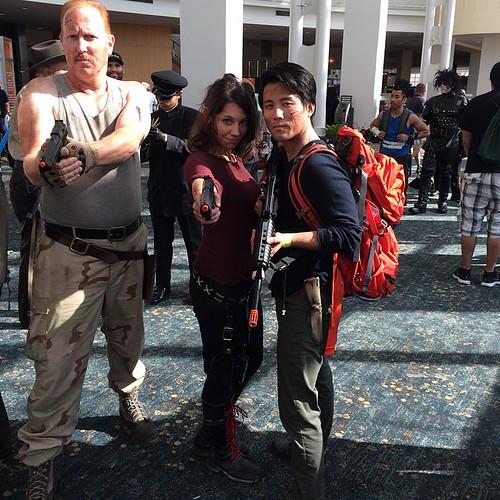dead Glenn cosplay walking