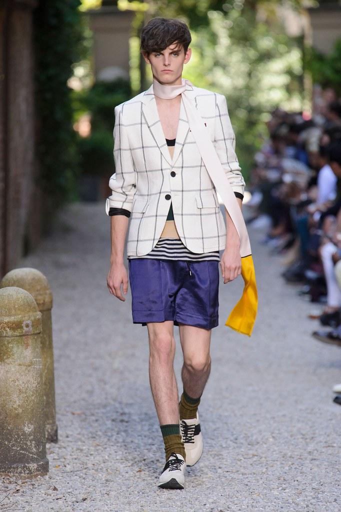 SS16 Milan Andrea Pompilio013_(fashionising.com)