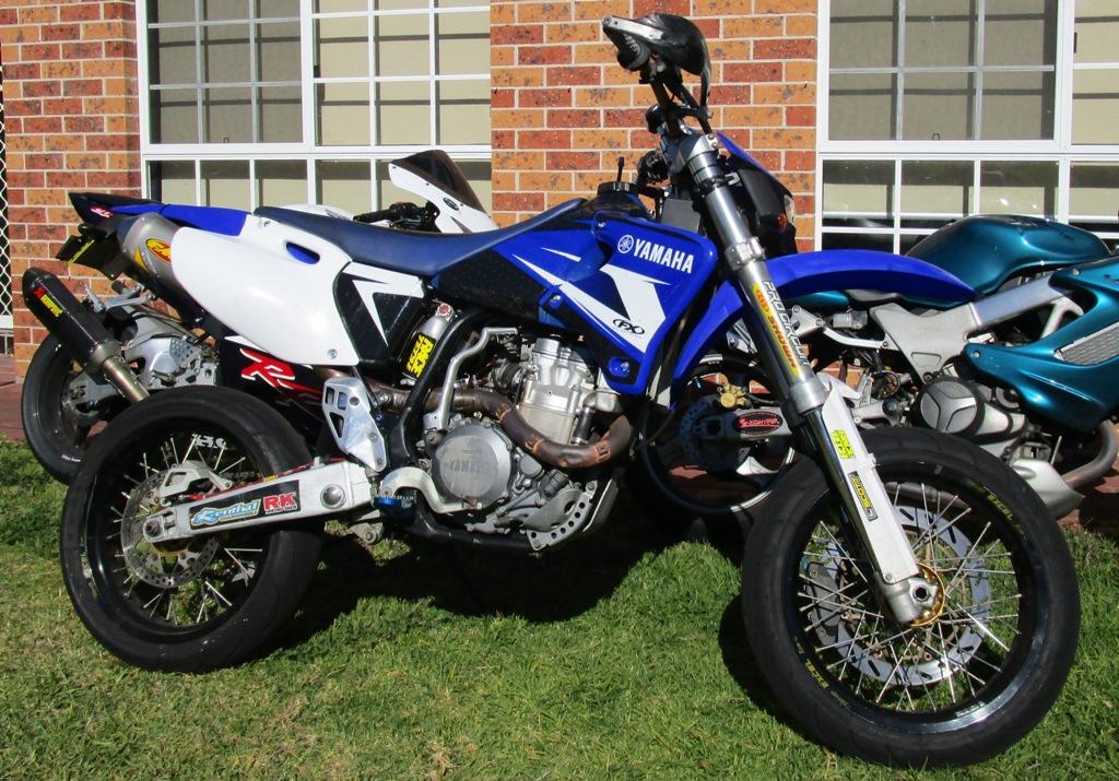 Yamaha It H