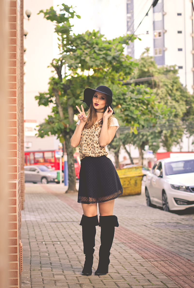 3-saia preta de renda blusa animal print over the knee chapeu choker