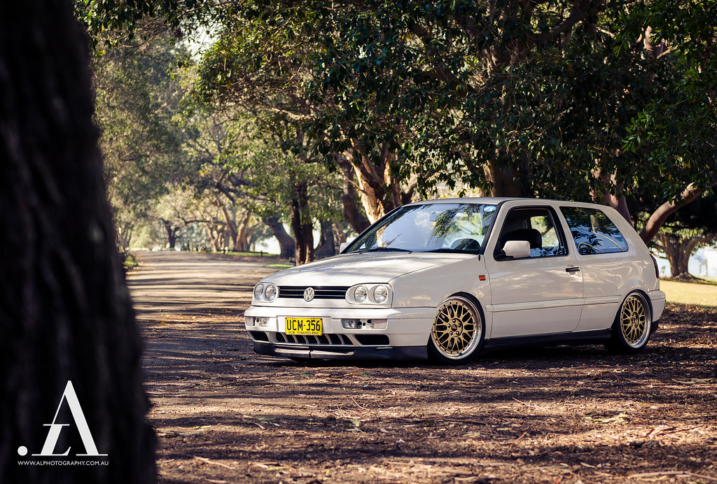 bagged vw golf mk3 on bbs lm facebook flickr. Black Bedroom Furniture Sets. Home Design Ideas