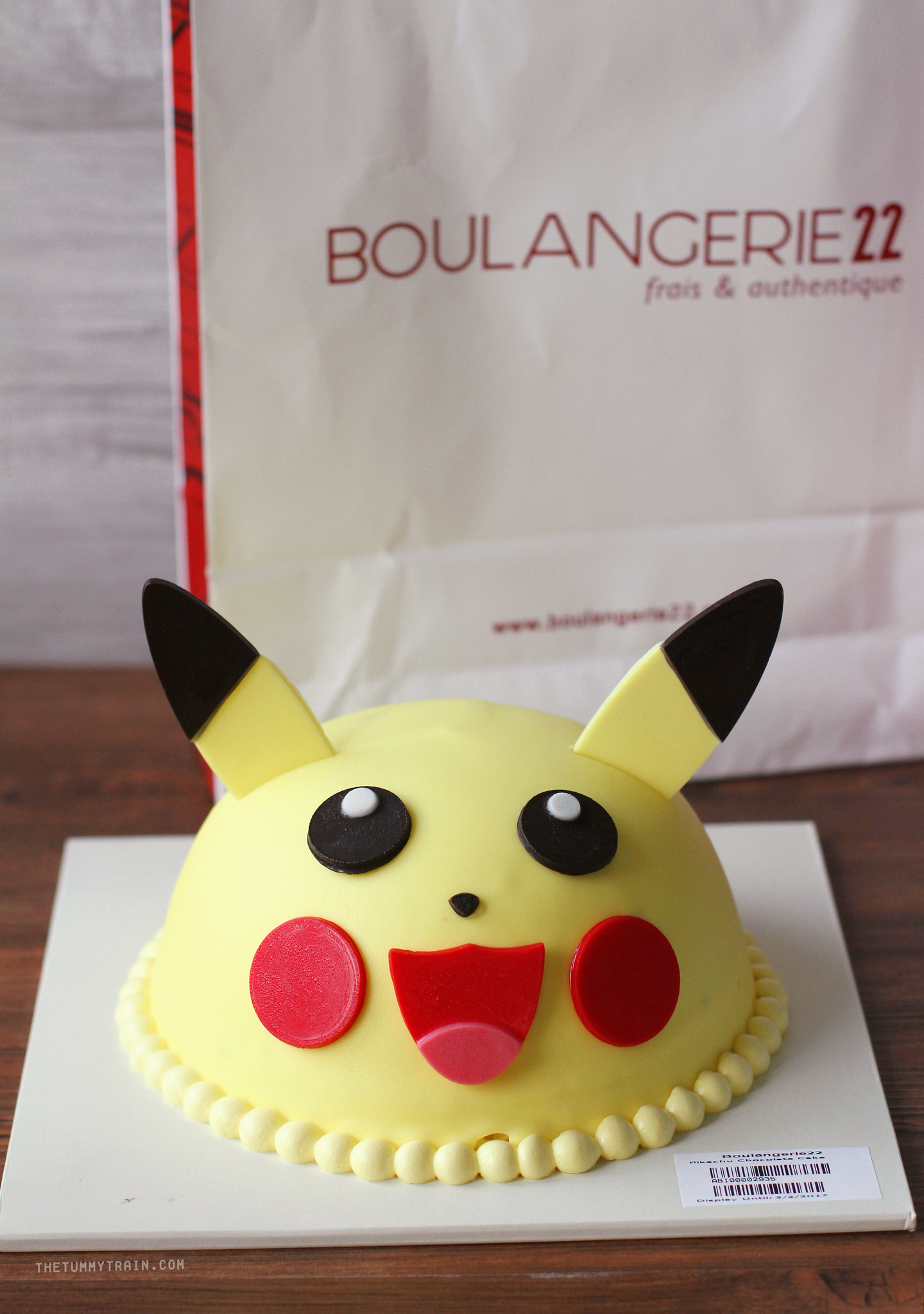 33305204855 6e19863c36 k - Fuel your Pokemon Go craze with Boulangerie22 Pokemon Cakes