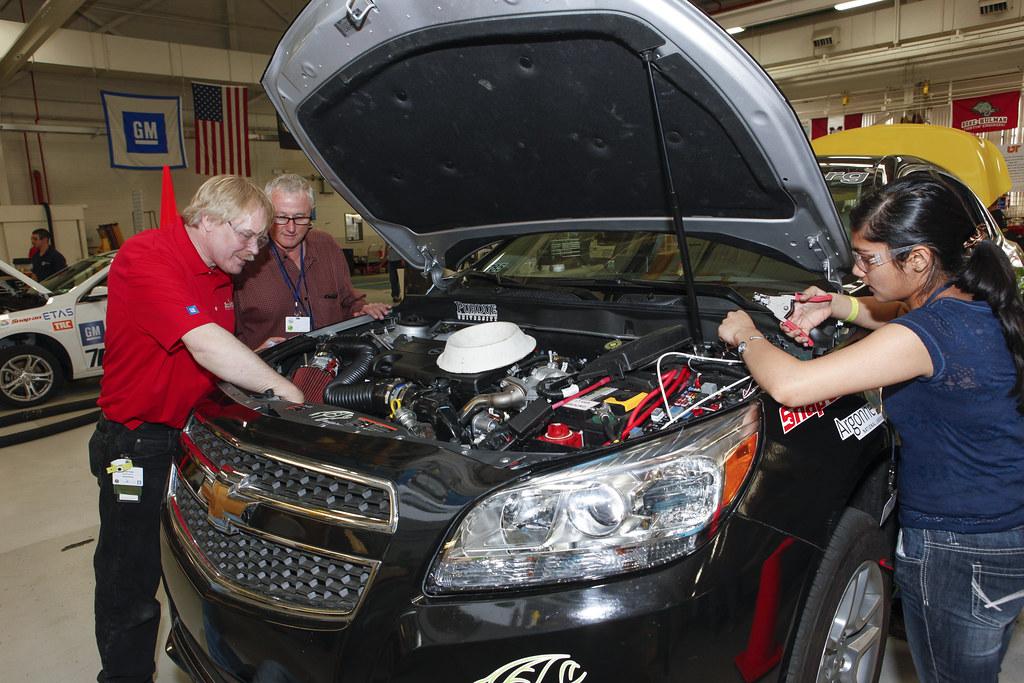 Working On Purdue 39 S Vehicle At General Motors Milford Prov