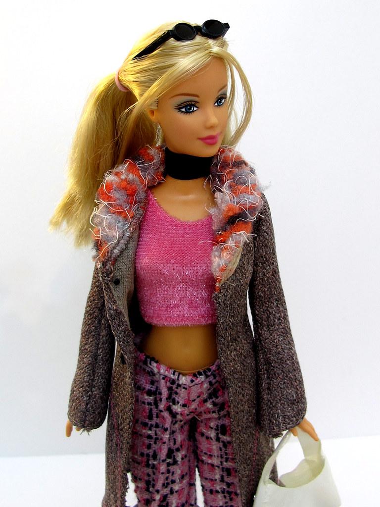 Fashion Fever Barbie H0645 Asst H0644 China 2004 T N