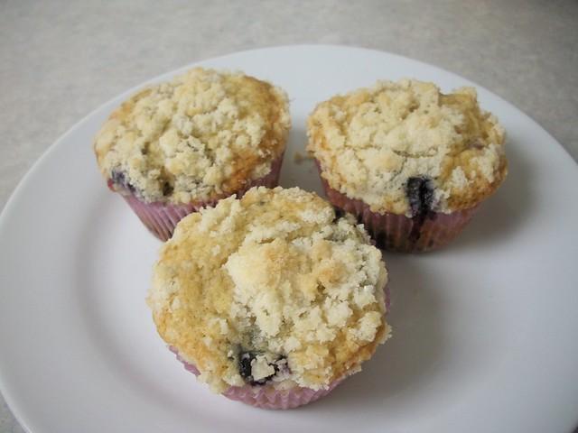 blueberry muffins 16