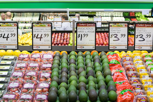Metcash-owned IGA will match the lowest prices offered by Coles and Woolworths