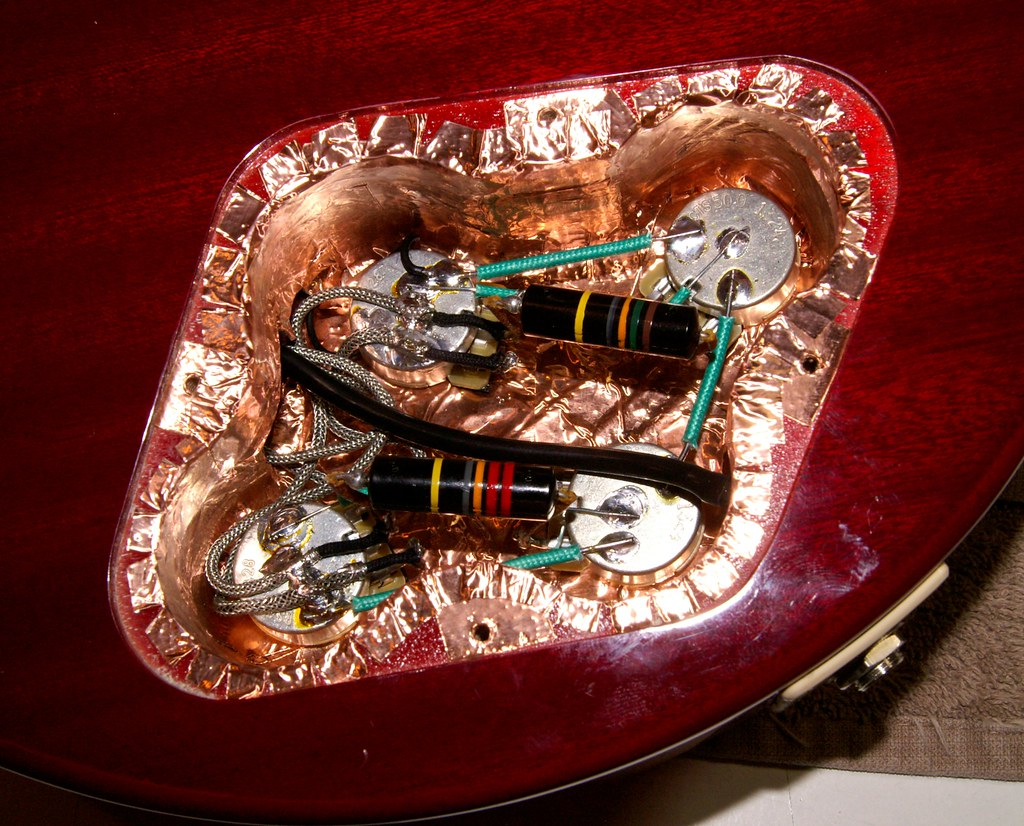 14652276189_dca5a2a4a1_b let's talk wiring harnesses my les paul forum martin six string customs holy grail wiring harness at bakdesigns.co