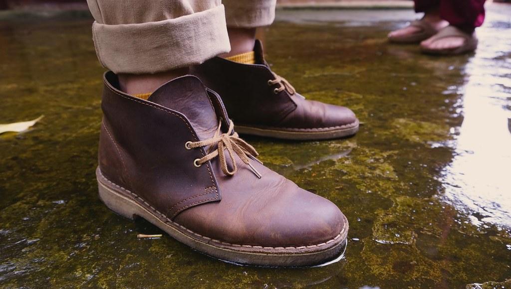 clark desert boots beeswax on feet dzxng flickr