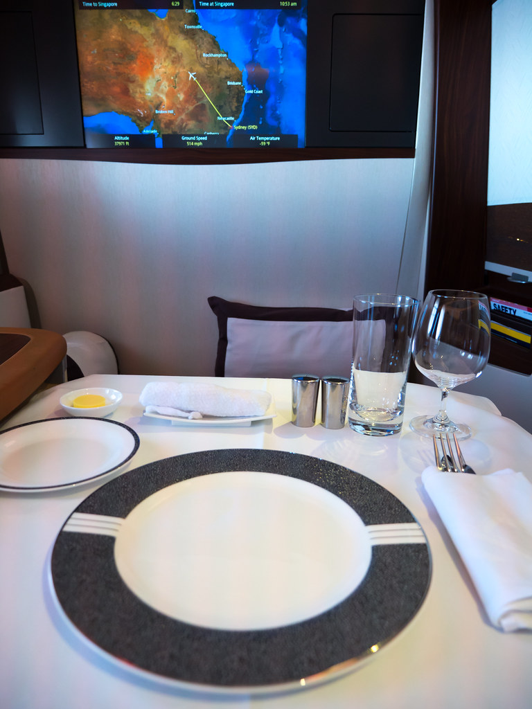 Singapore Airlines A380 First Class Suite | Table setting ...