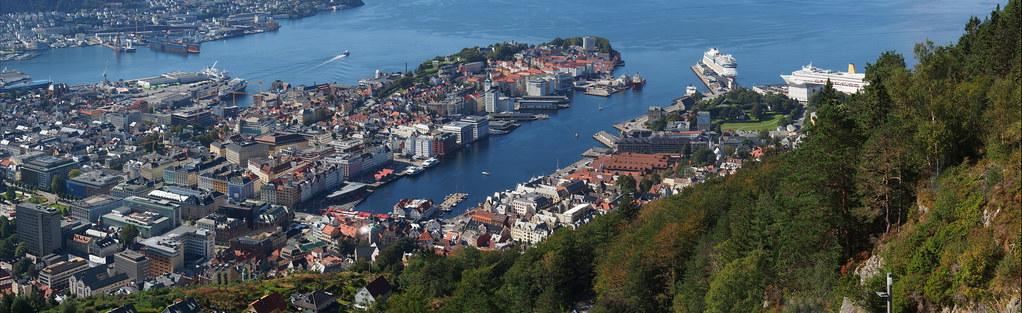 P8260441 Panoramica Bergen Noruega
