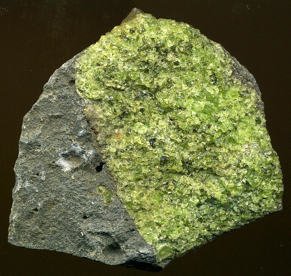 Peridotite mantle xenolith in vesicular phonotephrite (Per ...