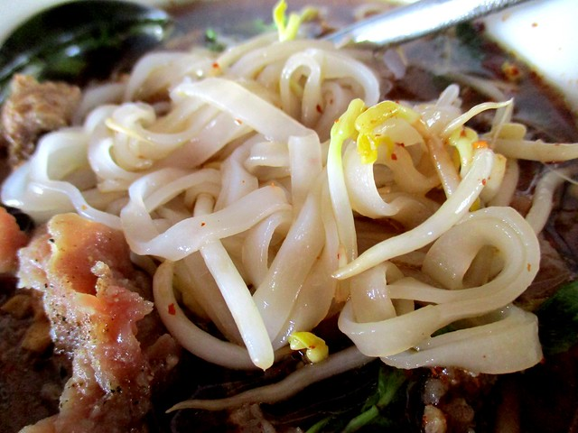 Flavours Thai Kitchen beef noodles 1