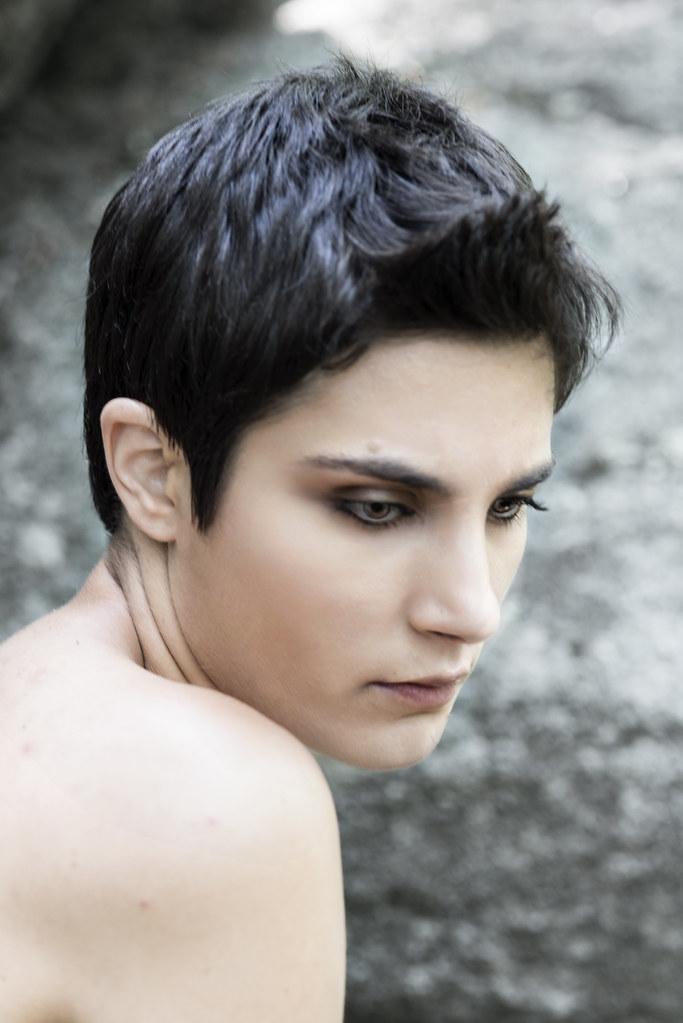 model: roarie yum [MM #837599 - http://www.modelmayhem.com