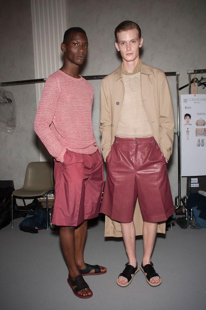 SS16 Milan Corneliani275_Adonis Bosso, Malcolm De Ruiter(fashionising.com)
