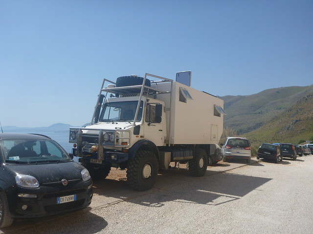 Unimog camper conversion