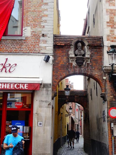 Down an alleyway in Bruges