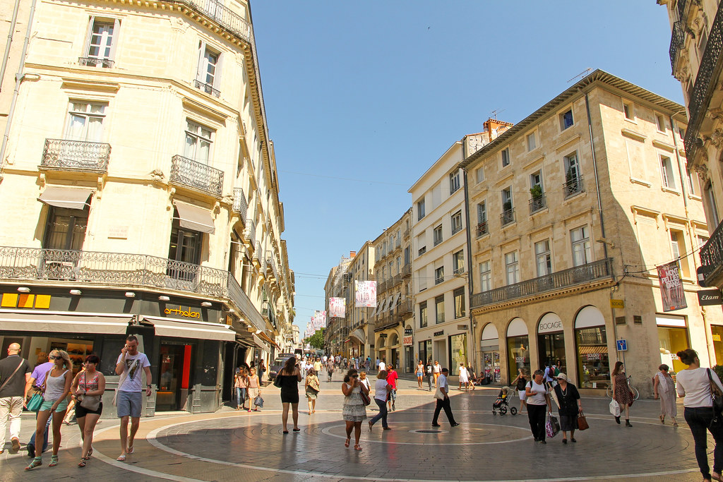 Rue de la loge montpellier france rue de la loge 26 - La compagnie des comptoirs montpellier ...