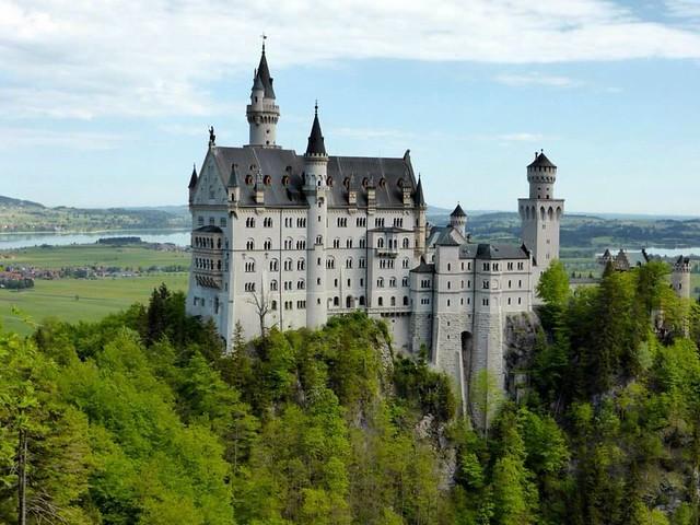 Schloss Neuschwanstein - from Marienbrucke