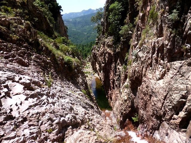 En haut de la 2ème cascade de Lora