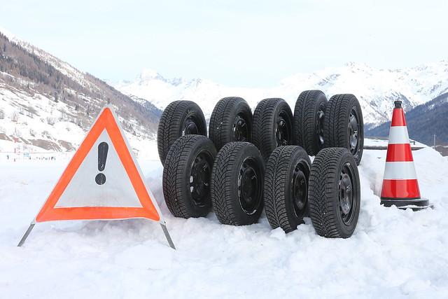 winterreifentest 2014 test des pneus d 39 hiver 2014. Black Bedroom Furniture Sets. Home Design Ideas
