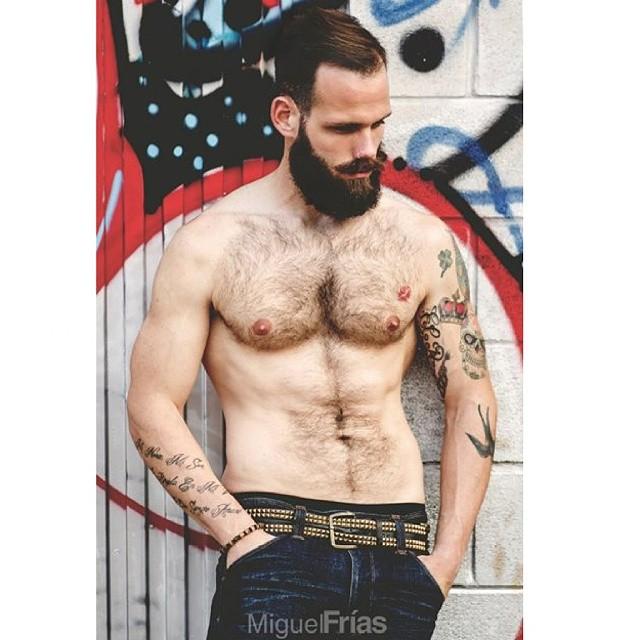 bearded beardlove beardedmen sexymales menmodel hun