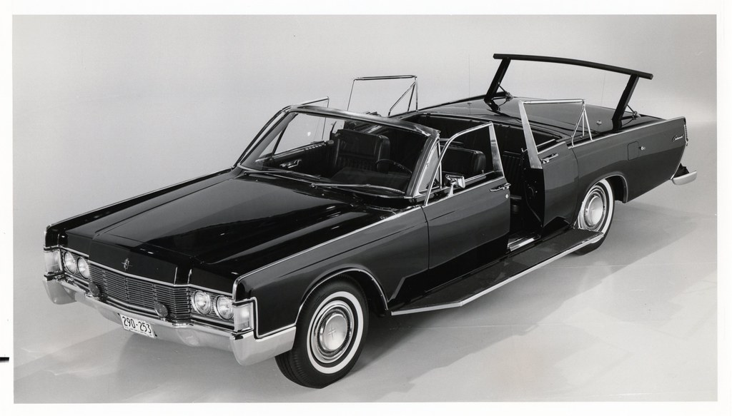 1968 lincoln continental convertible for secret service us. Black Bedroom Furniture Sets. Home Design Ideas