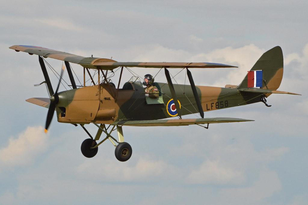 De Havilland Dh82b Queen Bee Lf858 G Bluz The Dh82b
