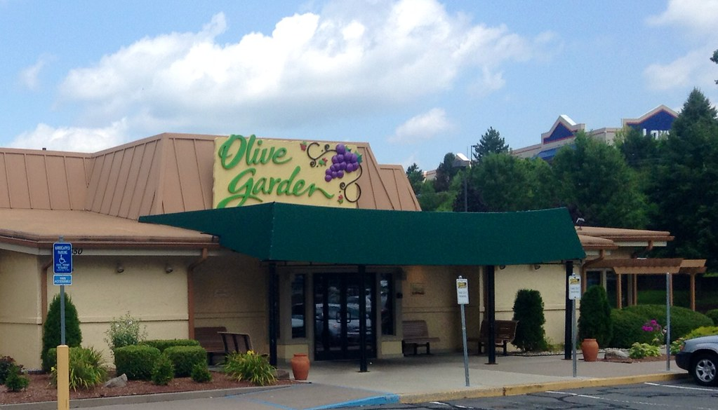 Olive garden olive garden manchester ct 8 2014 by mike for Gardening jobs manchester