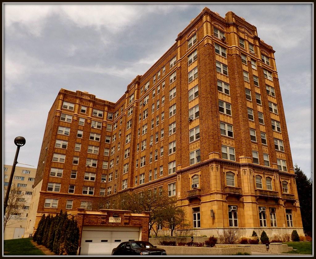 Chatsworth Apartments 630 Merrick Street Wayne State Uni