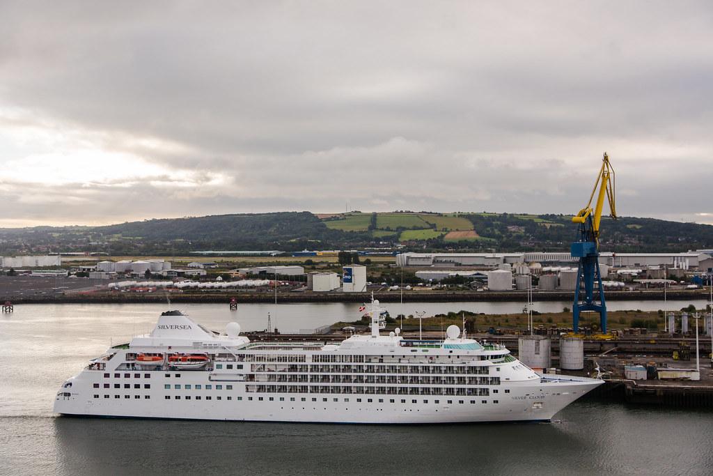 Silversea Cruise Ship At Titanic Quarter Belfast Cruise Sh Flickr