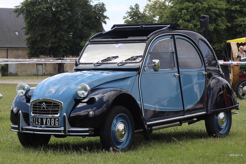 citro n 2cv charleston bleue pkseb flickr. Black Bedroom Furniture Sets. Home Design Ideas