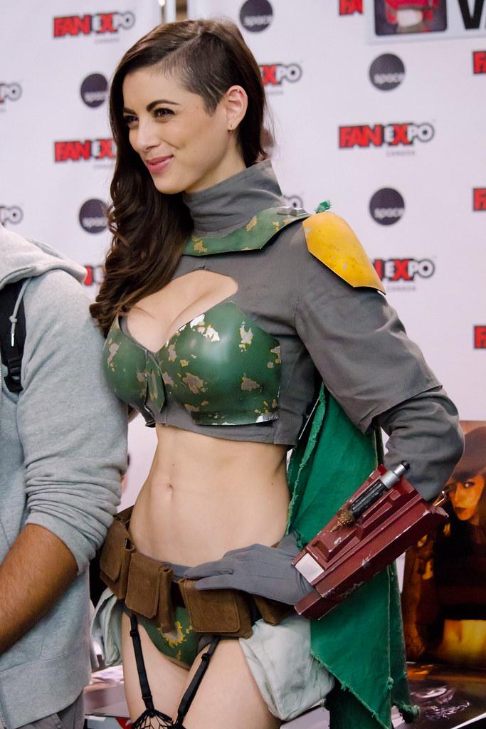 Boba fett cosplay girl