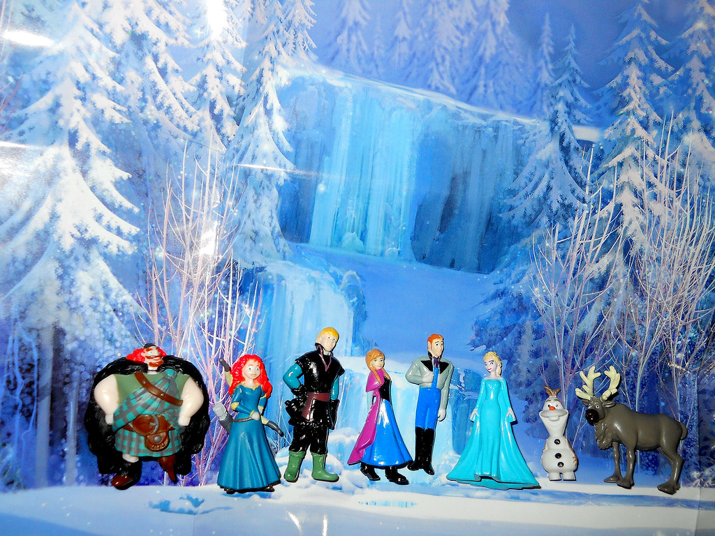 My Busy Book Frozen Figures | With a little Brave mixed in ...