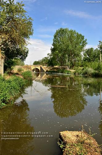 El Canal de Castilla (Palencia, España)