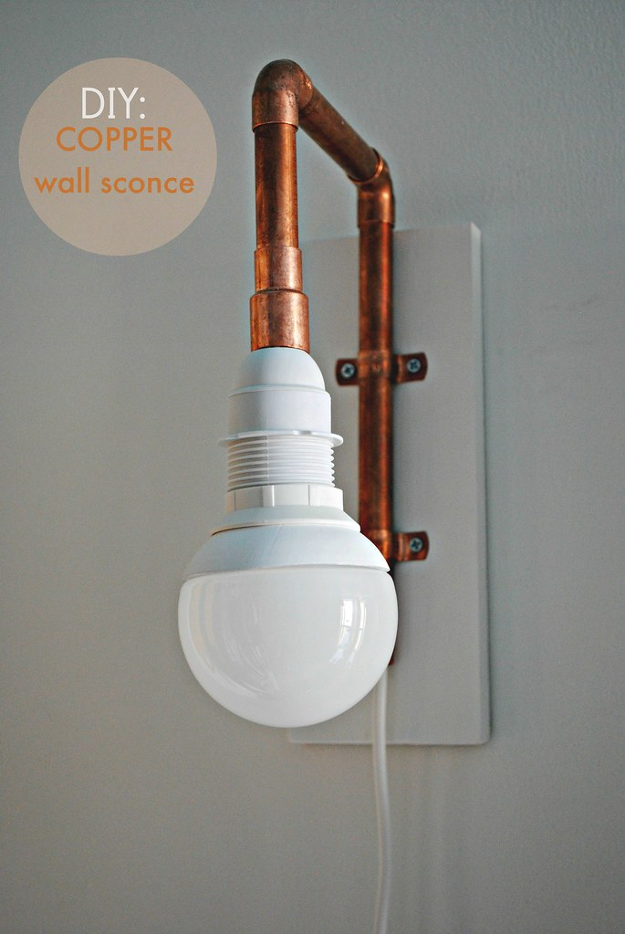 Diy copper pipe wall sconce morestomach for Diy wall lighting