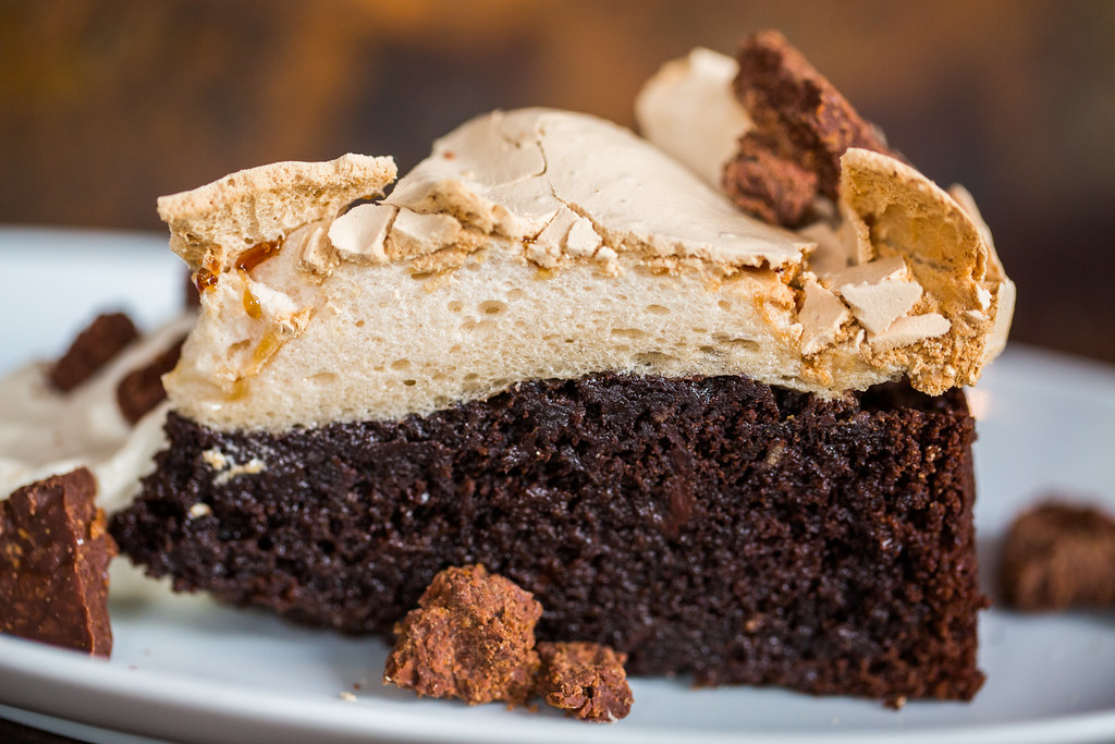Chocolate Brown Sugar Butter Cake With Spiced Pumpkin Frosting Traduction
