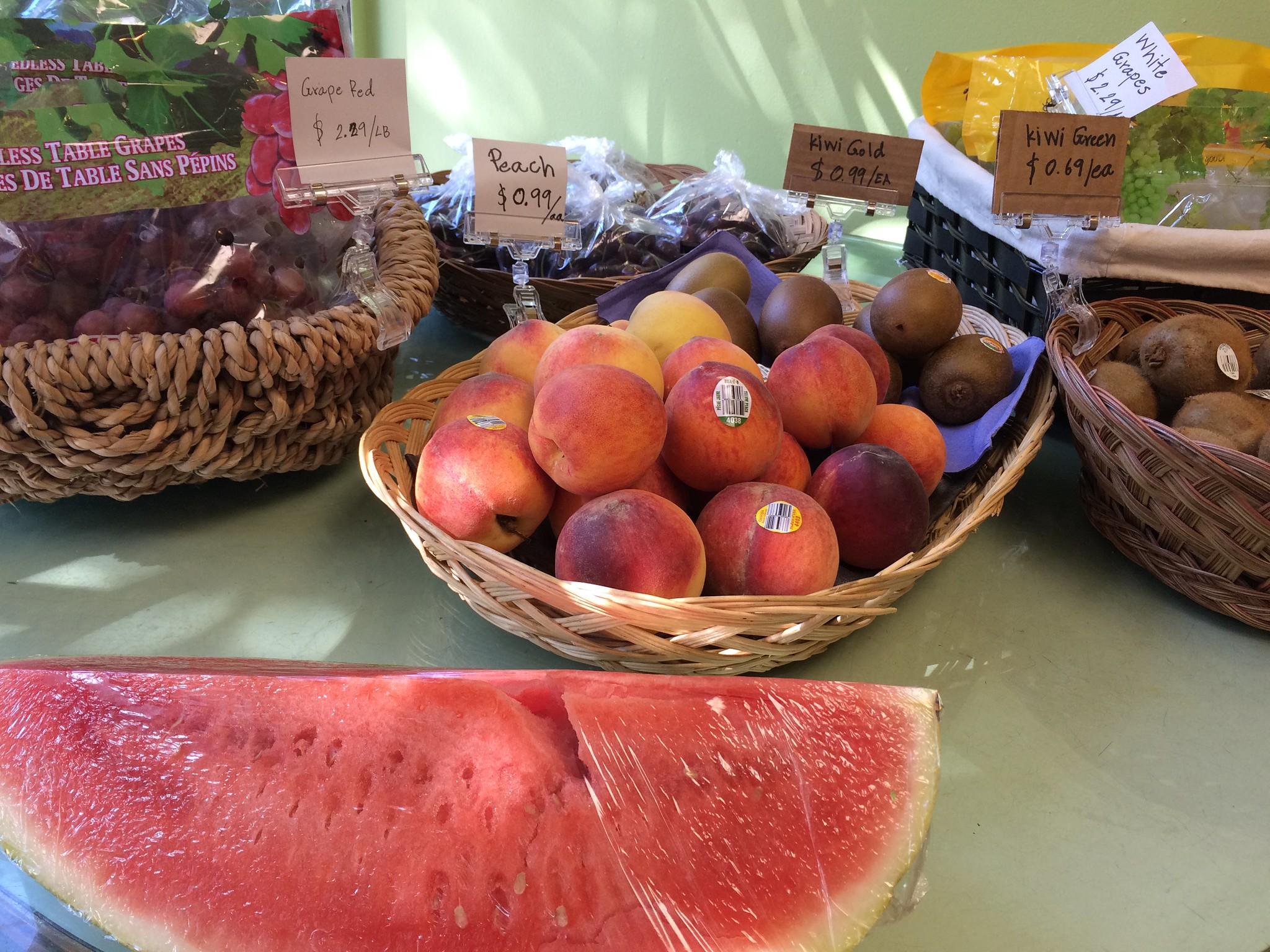 TK's fruit, produce & bubble tea