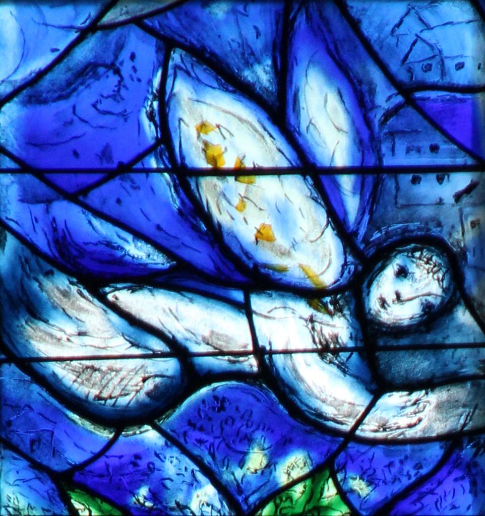 chagall fenster wei er engel detailansicht chagall. Black Bedroom Furniture Sets. Home Design Ideas