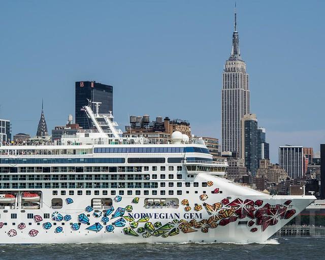 NORWEGIAN GEM Cruise Ship On The Hudson River Manhattan