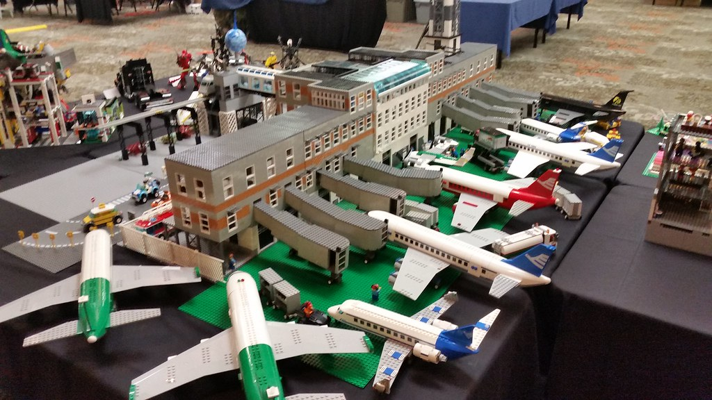 Lego Airport Gates 1 Lego Airport Over 6 Foot Long And