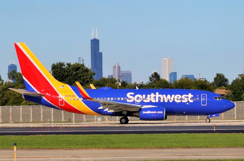 southwest airlines new challenges Southwest airlines is still feeling the effects of the emergency landing  despite  the challenges, the airline still posted a second-quarter profit  twenty minutes  into flight 1380 from new york to dallas, an engine exploded in.