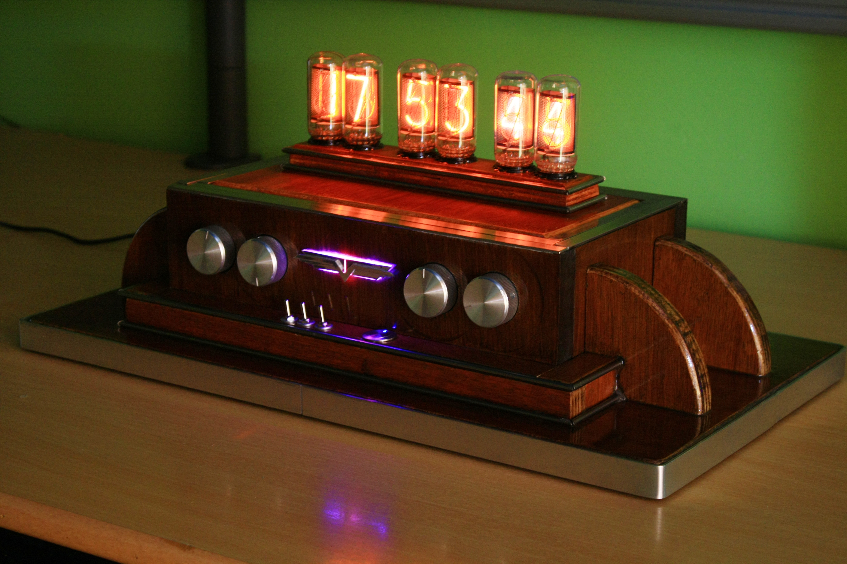 ZM1042 Nixie Tube Clock - Overview | Hazardous Physics