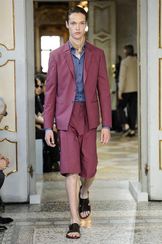 SS16 Milan Corneliani010(fashionising.com)
