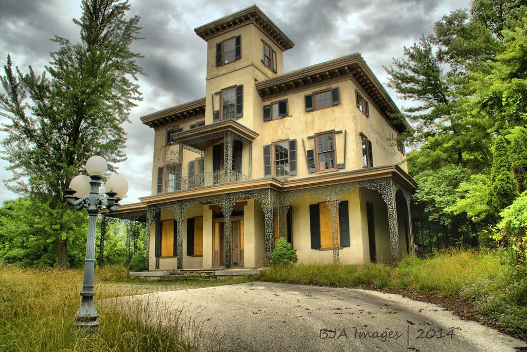 Abandoned Kennedy - Supplee Mansion | Most recent use was ...