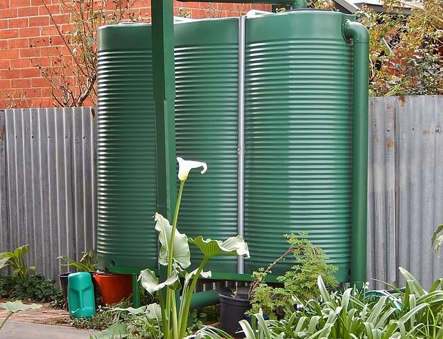 Green Plastic Rainwater Tanks