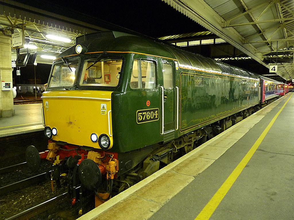Paddington 2 >> Pendennis Castle | Diesel locomotive 57604 at Paddington ...