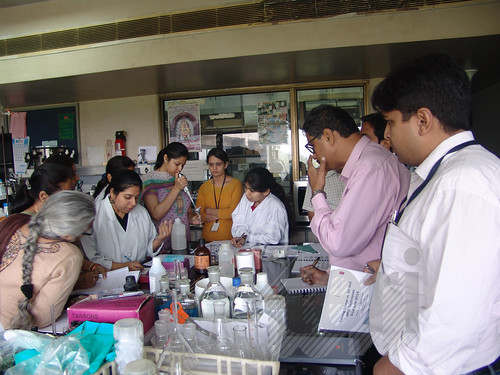 Practical demonstration of instruments: Training Course on GC and HPLC Techniques