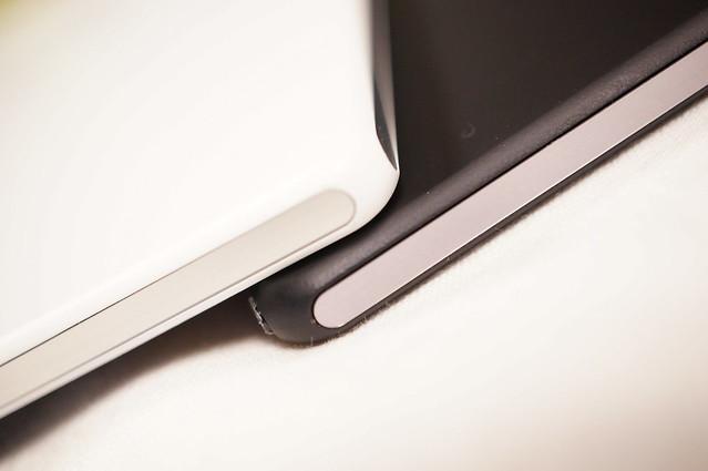 SONY Xperia Z2 Tablet Black  amp  WhiteXperia Z2 Tablet White